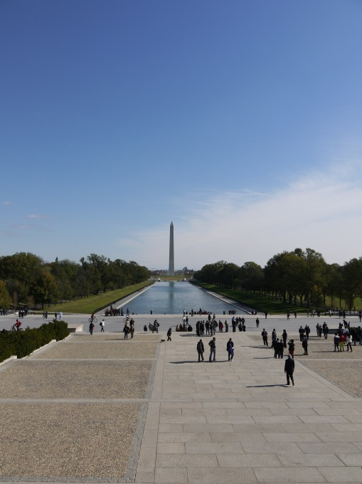 The Washington Memorial (from the Lincoln Memorial)