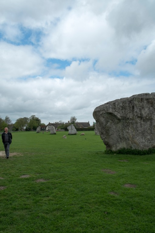 The Scale of the Sarsens at Avebury