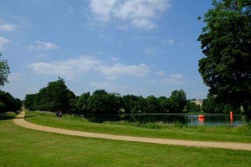 The long walk in Stowe Gardens